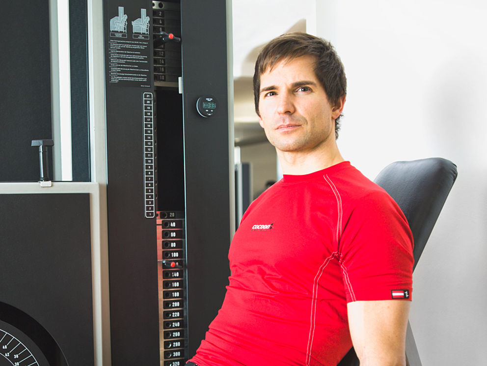 Krafttraining und Muskelaufbau für Sportler, wie Profitriathlet Hubert Hammerl